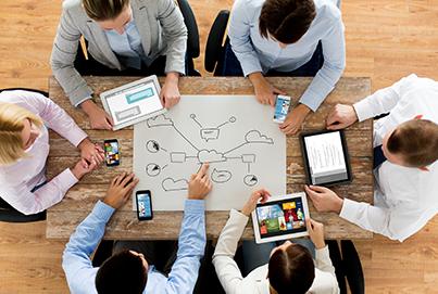 Die Digitalisierungsangebote der Verwaltung müssen intern wie extern bekannt gemacht werden. Veränderungen interner Abläufe müssen umsichtig kommuniziert werden. Wir beraten zu Change Communications über Werbemassnahmen bis hin zu Social-Media-Strategien für die Verwaltung.